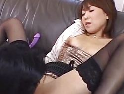 Oriental amateur gets her pussy vibed