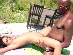 Lex Steele cant wait any longer to stuff his pole in sex crazed Cindy Starfalls mouth