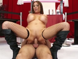 Danny Mountain likes ravishing Kianna DiorS wet hole and bangs her as hard as possible